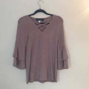 Purple quarter length sleeve top